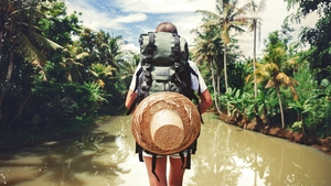 Calling all travel lovers! Last chance for your dream job...