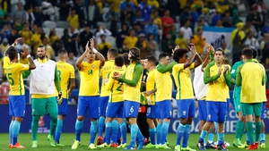 Brazil salute their fans after beating Paraguay