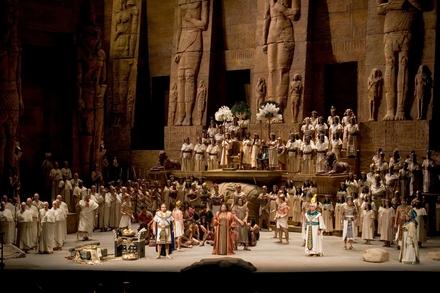A scene from Verdi's Aida - Photo Marty Sohl, Metropolitan Opera