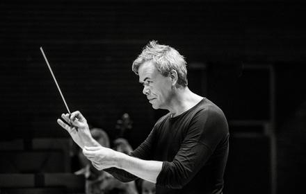 Conductor Hannu Lintu
