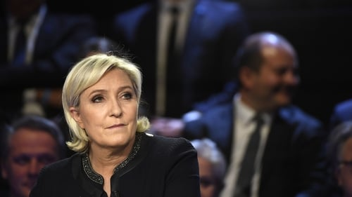 The latest poll shows Marine Le Pen topping the vote in the first round with 23.5% of the vote