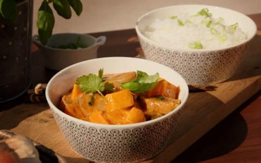 Nevens Recipes - Sweet potato curry & cakes.