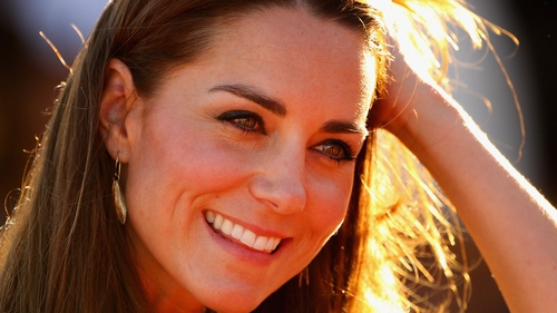 Duchess Kate Middleton attended Wimbledon yesterday afternoon and revealed a brand new hair do.