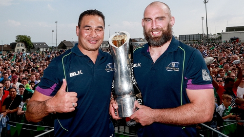 Lam and Muldoon celebrate last year's Pro12 title