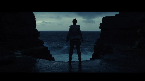 Rey is caught between a rock and a hard place in The Last Jedi