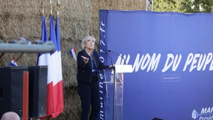 Opinion polls put Marine Le Pen in first or second place in the first round of voting on 23 April