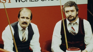 Willie Thorne (L) and John Virgo at the 1983 World Championship, which Thorne won 10-3