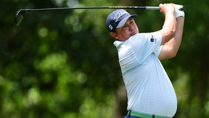 Jason Dufner fired a superb 65 to take control of the RBC Heritage