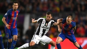 Miralem Pjanic is staying in Turin