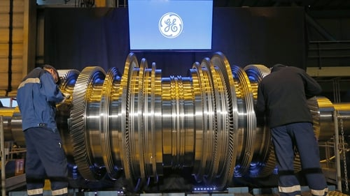 GE's quarterly revenue fell to $27.66 billion from $27.85 billion