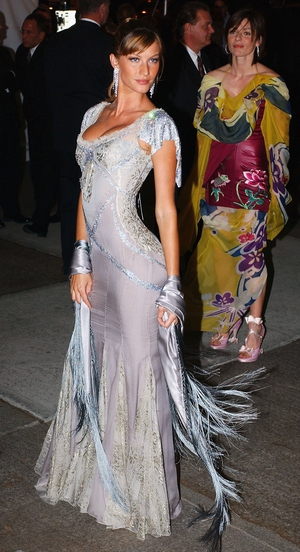 Model Gisele Bundchen wore Dolce and Gabbana to the 2003 Met Gala. Theme: Goddess