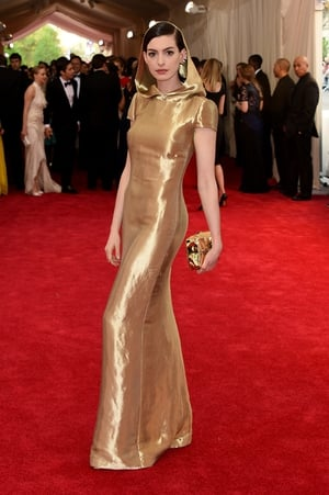 Anne Hathaway wore Ralph Lauren to the Met Gala in 2015. Theme: China: Through The Looking Glass.