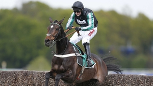 Altior produced another fine round of jumping for a comfortable win