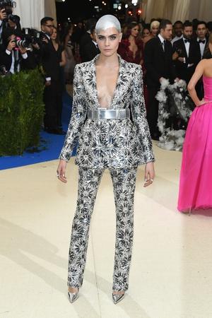 Cara Delevingne in Chanel. Rockstar fashion moment.