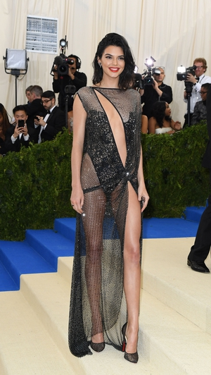 Youngest sis Kendall Jenner in La Perla.