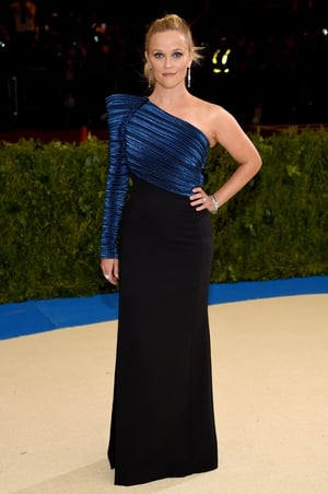 The always lovely Reese 'Irish' Witherspoon in a one-shoulder Mugler dress and Tiffany jewelry.