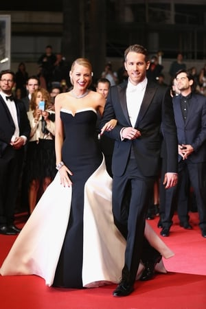 The two dazzled at Cannes in 2014. Blake Lively is wonderful in this Gucci Première bustier gown!