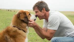 Dennis Quaid and a furry friend