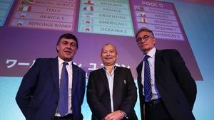 Daniel Hourcade (L), head coach of Argentina, Eddie Jones (C), Head Coach of England and Guy Noves, Head Coach of France