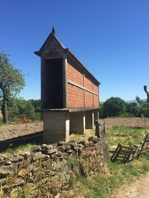 Wood shed Galician style...