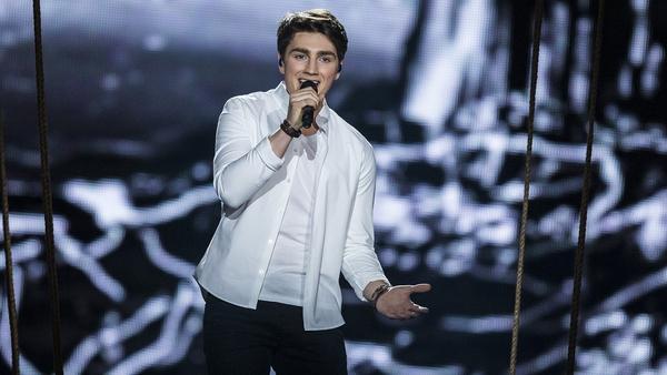 Brendan Murray onstage in Kyiv