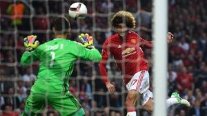 Marouane Felliani heads United in front