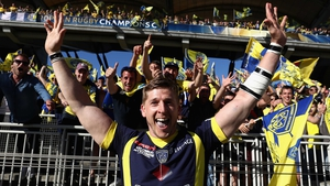 David Strettle celebrates Clermont's semi-final victory against Leinster