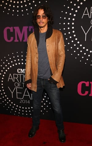In 2014, Cornell attended the CMT Artists of the Year at the Schermerhorn Symphony Center in 2014 donning long curly hair, sunglasses and rock star good looks.