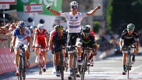 Jungels led home a select group to win Stage 15