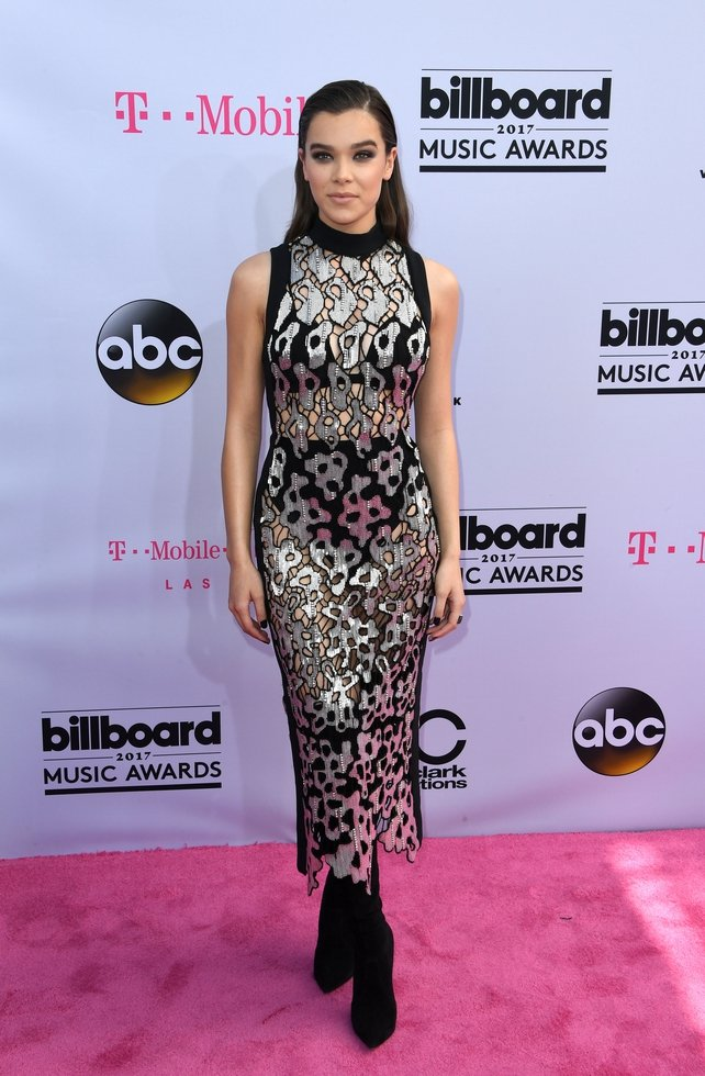 Pitch Perfect actress Hailee Steinfeld looked striking in a silver and black David Koma dress and black boots.