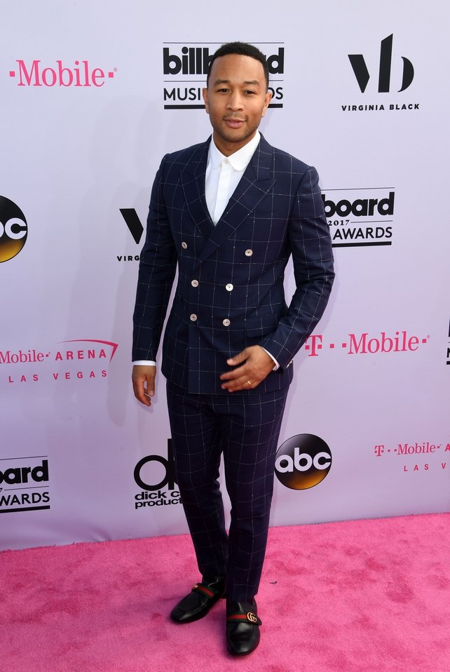 Styled by UK stylist David Thomas, singer John Legend wore Gucci on the pink carpet.