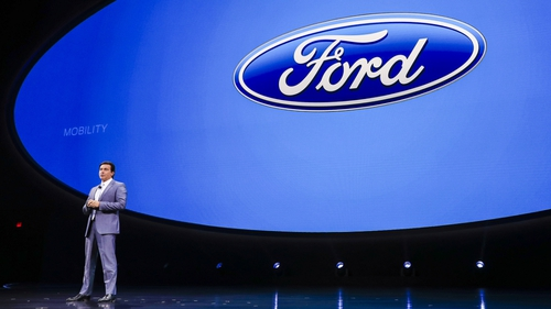 Jim Hackett Named Ford CEO, Mark Fields To Retire