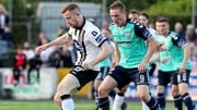 Dundalk's Sean Hoare and Ronan Curtis of Derry