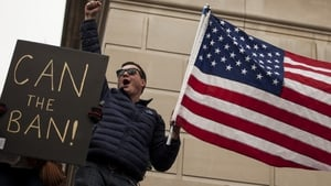 US appeals court refuses to reinstate travel ban