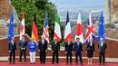 Donald Tusk, Justin Trudeau, Angela Merkel, Donald Trump,  Paolo Gentiloni, Emmanuel Macron, Shinzo Abe, Theresa May and Jean-Claude Juncker at the summit