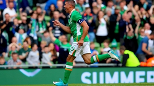 Jonathan Walters signs a two-year deal with Burnley