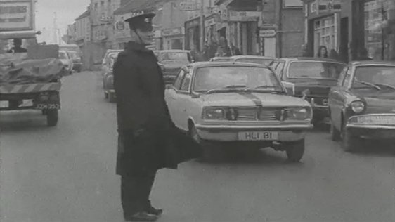 Traffic in Athlone Town (1972)