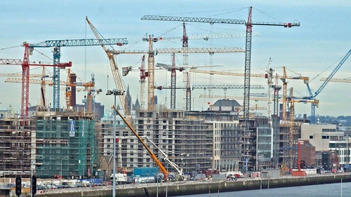 Nationwide industrial action by crane drivers is possible from 13 July