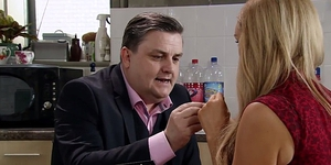 Simon Delaney impressed viewers as he made Coronation Street debut