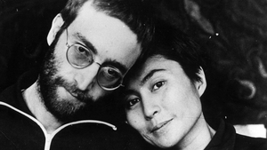 John Lennon pictured with Yoko Ono