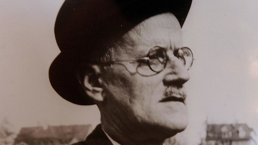 Irish artists call to save Joyce's house of 'The Dead'