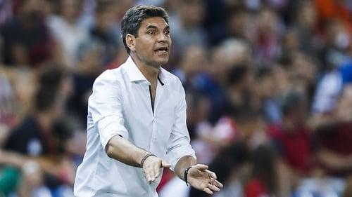 Mauricio Pellegrino on the sideline as manager of Alaves