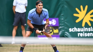 Federer has not lost a set in Halle