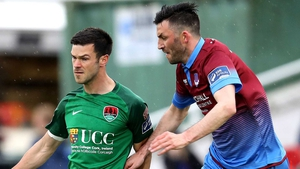 Killian Brennan (R) in a action against Cork City's Jimmy Keohane