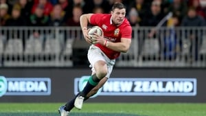 Robbie Henshaw has defended the All Blacks approach