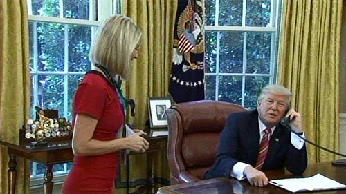 Caitríona meets President Trump  Picture: Twitter/@markknoller