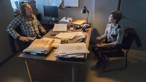 Ewan McGregor and Carrie Coon in Fargo