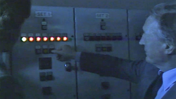 Haughey Switches On Electricity On Inishturk