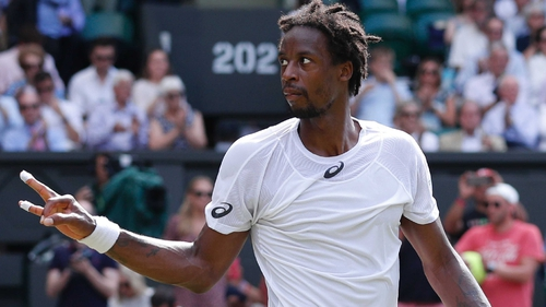 Wimbledon: Djokovic races into third round with easy win