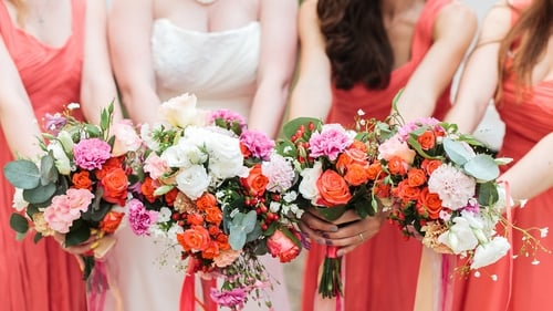 Mismatched bridesmaids dresses are becoming more popular